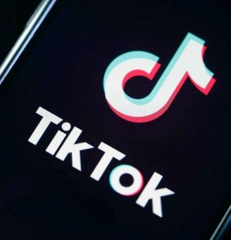 Why Tik-Tok scores drop from 4.5 stars to 2-stars on Google Play